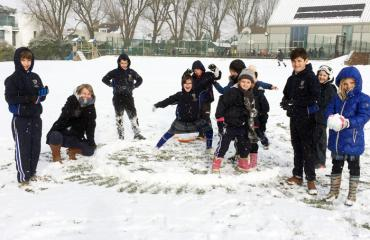 Lancing Prep Hove pupils enjoying the snow