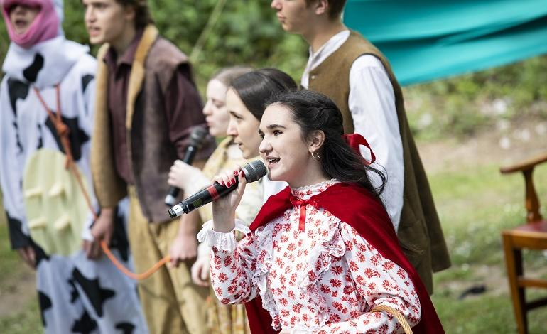 Pupils perform Into the Woods